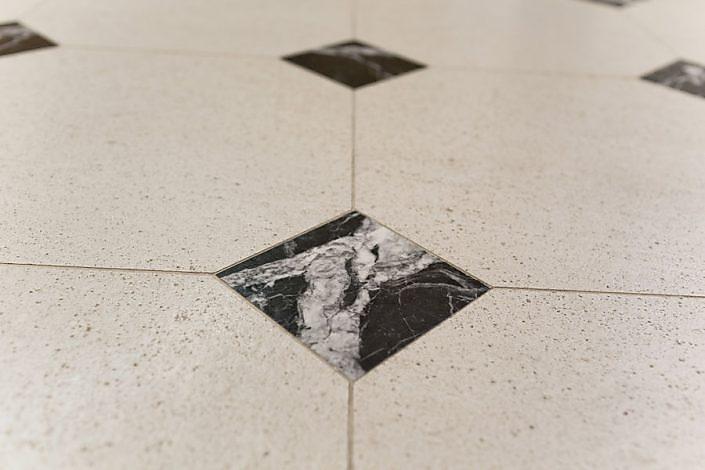 Palais Liechtenstein - Einlegearbeit im Boden