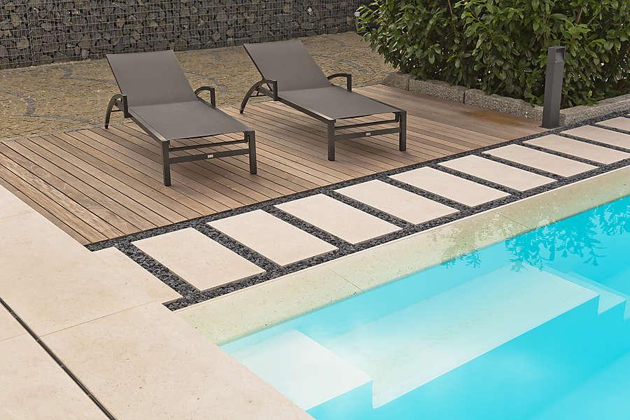 Poolumrandungen Terrassenplatten Natursteinplatten