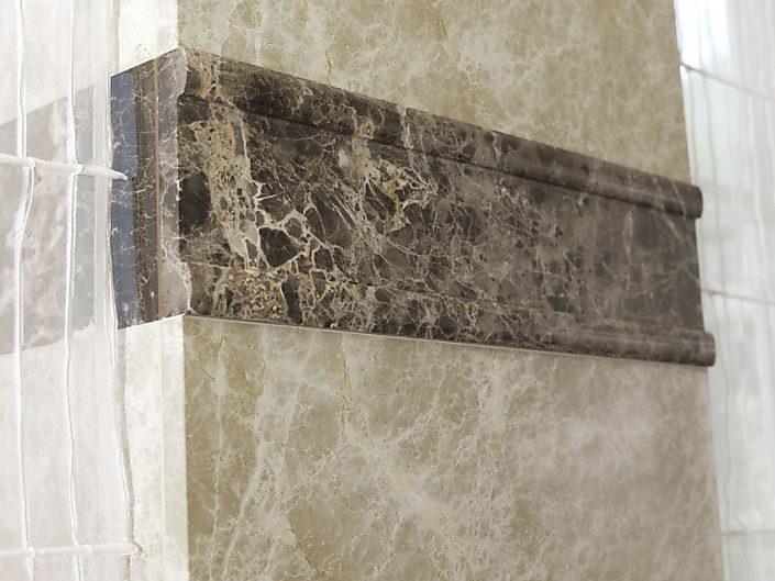 Detail Wandverkleidung Bad