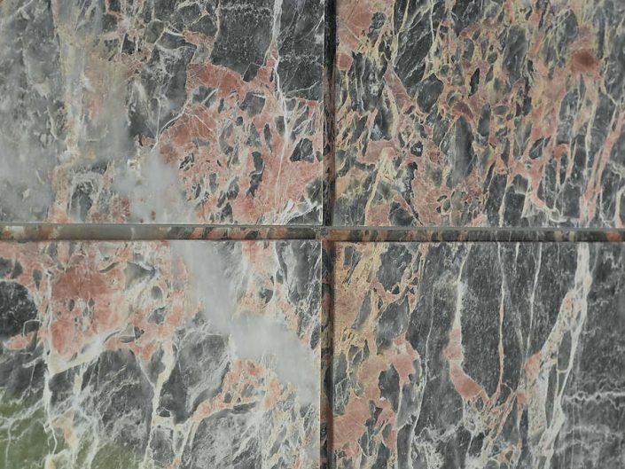 Kaminverkleidung aus Stein - Detail