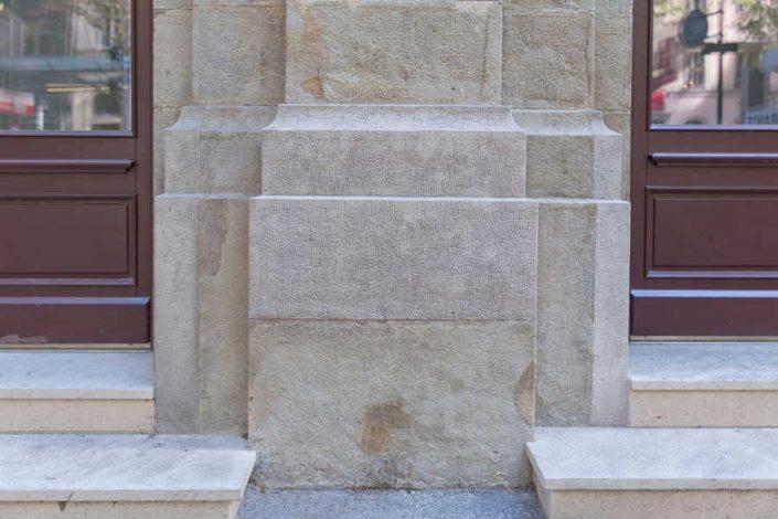 Sockel eines Pilasters